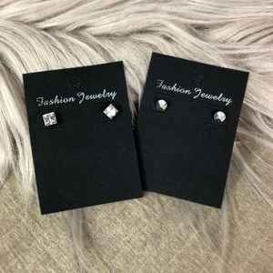 5/$25 H&M earring bundle